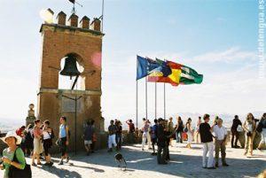 Sprachschüler erkunden die berühmte Alhambra