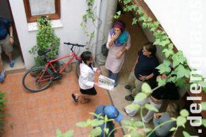 Pause im Innenhof der Sprachschule Delengua
