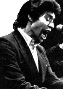 Camarón sang äusserst intensiv und leidenschaftlich